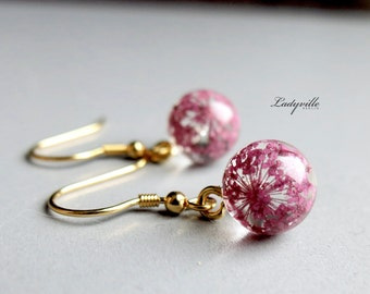 925 gold plated earrings with real dried Queen anne's lace flowers in resin