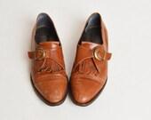 Vintage 90s LEATHER Kiltie Buckle Oxfords / 1990s Golden Brown Cap Toe Shoes 7.5