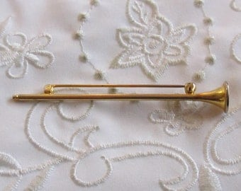 Vintage Gold Tone Brooch Shaped Like a Thin Horn