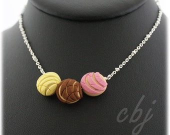 Pan Dulce Necklace, Concha Necklace, Polymer Clay Concha Necklace, Polymer Clay Necklace, Mexican Sweet Bread Necklace