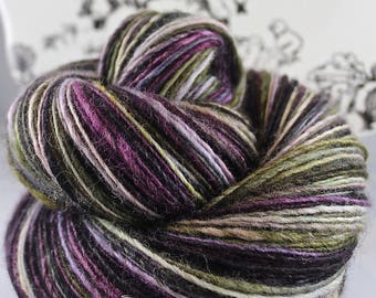 """Handspun Yarn Very Gently Thick and Thin DK Single Blue Faced Leicester """"Peepers"""" Limited Edition"""