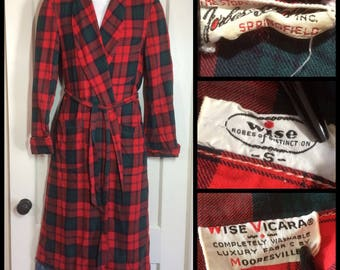 1950's Plaid Rayon Smoking Jacket size Small Wise Robes of Distinction Red Blue Green lounge