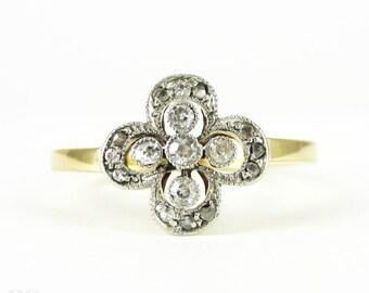 Antique Floral Design Diamond Ring, Flower Shape Ring with Milgrain Beadings. Circa 1900, 18ct.
