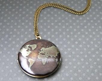 Brass Globe Locket / Locket / Jewelry / Gift for Her / Globe Locket Brass Pendant / Picture Locket / Brass Globe Jewelry / Locket