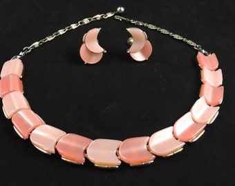 Lisner Jewelry Set, Vintage Jewelry, Pink Necklace, Pink Earrings, Lucite Necklace, Lucite Earrings, Lisner Choker Necklace, Lisner Necklace