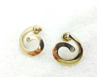 Avon Timeless Swirl  pierced earrings 1981 Gold Swirl