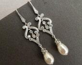 Pearl Crystal Chandelier earrings Bridal earrings Pearl Bridal jewelry Swarovski Earrings Pearl Crystal Drop Bridal Earrings Stud Pearl LUNA