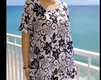 Black & White Swing Top Medium Large XL 2X