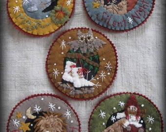 Inside A Snowflake Ornament E-PATTERN Winter's Tale Collection by cheswickcompany