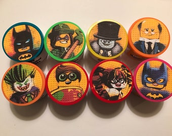 8 Batman LEGO Movie | Marvel | Superhero | Riddler Catwoman Joker Penguin | Birthday Party Favor Gift PlayDough