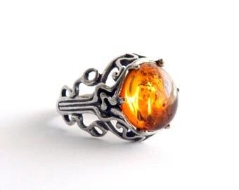 Vintage Sterling Silver Filigree Baltic Amber Ring - Round Bezel Set - Size  7 - Hallmark DAKOTA WEST - Southwestern - ESTATE