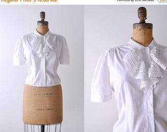 25% OFF 1950's white blouse. l. 50 ruffled blouse. cotton. ascot. pleated. peasant top. vintage.