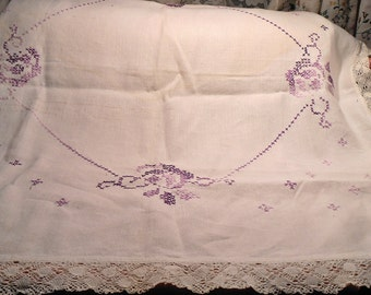 Lace Antique 1920s Embroidered Linen and Lace Tablecloth