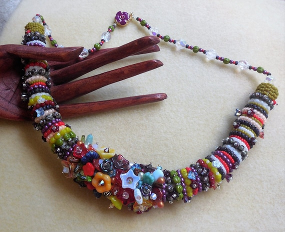 Kit and pattern tutorial zulu rope bead embroidery necklace