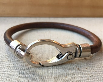Oversized lobster CLAW clasp and round LEATHER bracelet. BROWN