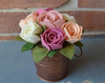 READY TO SHIP, Blush Pink Cream Rose Pink and Peach Felt Flower Arrangement, Felt Roses Bouquet, Home Decor, Wedding, Mother's Day, Birthday