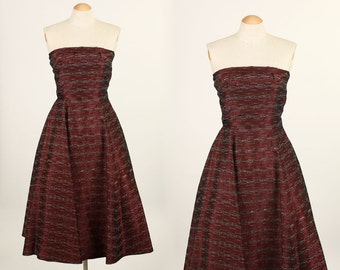 vintage 1950s dress • strapless full skirt party dress • MERLOT red with textured stripes
