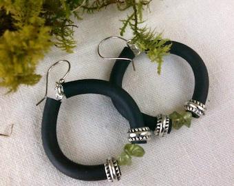 Modern Greenery Peridot and Black Rubber Hoop Earrings