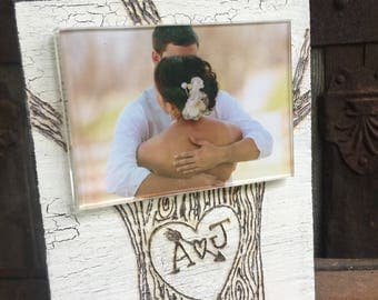 Perfect gift frame for the perfct couple!