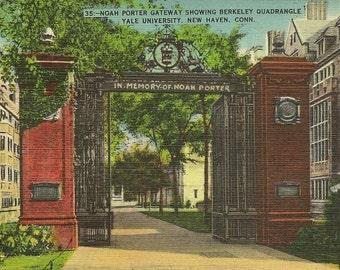 Noah Porter Gateway Showing Berkeley Quadrangle Yale University New Haven Connecticut Vintage Linen Postcard 1945 Harold Hahn Co