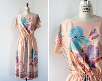 Salmon Floral Dress M/L • 70s Dress • Scarf Dress • Floral Midi Dress • Cap Sleeve Dress • Floral Summer Dress • Vintage Dress   D790