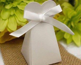 """100 Favor Boxes, Favor Box, Wedding Favor Box, Unique Wedding Favor Boxes, Party Favor Box, Size: 3.5"""" tall, bottom 2"""" x 2"""""""