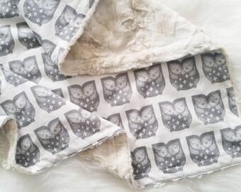 Hooty Owl Baby Blanket, faux fur baby blanket, minky baby blanket, personalized baby blanket, satin trim baby blanket