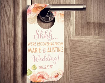 Door Hangers with Watercolor Flowers - Weddings or Parties - Set of 10 Custom Door Tags for Hotel Guests