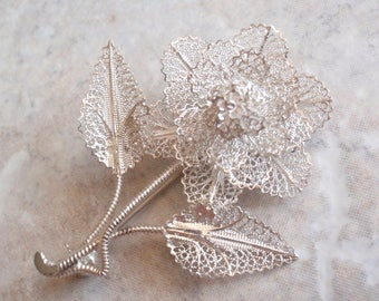 Sterling Filigree Flower Brooch Pin Floral Lacy Perpetual Rose Vintage AT0187