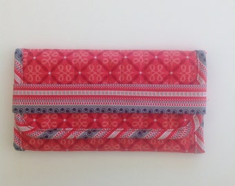 Corals, White and Gray Print Quilted Jewelry Trifold Travel Case