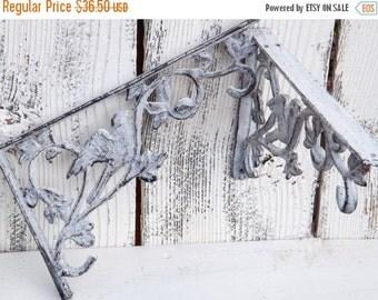 HOLIDAY SALE Set Of Bird Shelf Brackets / Shabby Chic Brackets / Wall Brackets / Shelf Brackets