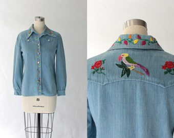 1970s Embroidered Denim Shirt // 70s Vintage Light Blue Cotton Button Up Blouse // Small