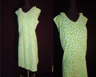Spring Green Floral Vintage 1960's Sleeveless EASTER Shirt Dress M L