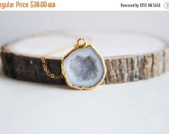 Sale Geode Necklace, Druzy Geode Necklace, Small Druzy Necklace, Natural Geode, Rough Cut Geode, Gold Geode Necklace, Small Geode Necklace,