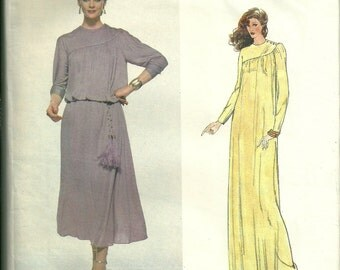 Vogue American Designer Sewing Pattern 1994, Loose Fitting Dress Size 12 Bust 34
