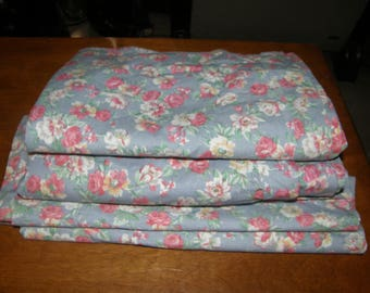 Vintage RALPH LAUREN Hope ~ 100%  Cotton Sheet FABRIC Sheeting Remnant Bundle  ~ Sewing Craft Project Material