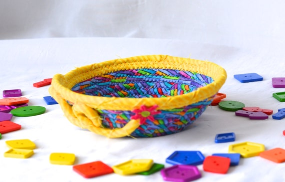 Rainbow Ring Bowl, Cute Key Basket, Handmade Funky Bowl, Gift Basket, Desk Home Office Decoration,  Trinket Bowl, Change Basket