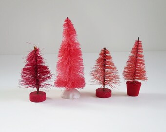 Set of 4 Miniature Pink Bottle Brush Sisal Trees, Vintage Pink Hand Dyed Sisal Trees, Mini Pink Putz House Decor