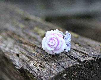 Mediano Rose Bud Ring