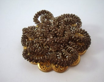 Ugly pot scrubber French flower brooch