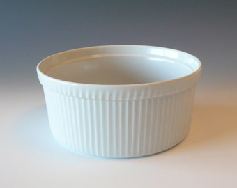 Apilco White Porcelain Pleated Baking Serving Souffle Dish Made in France