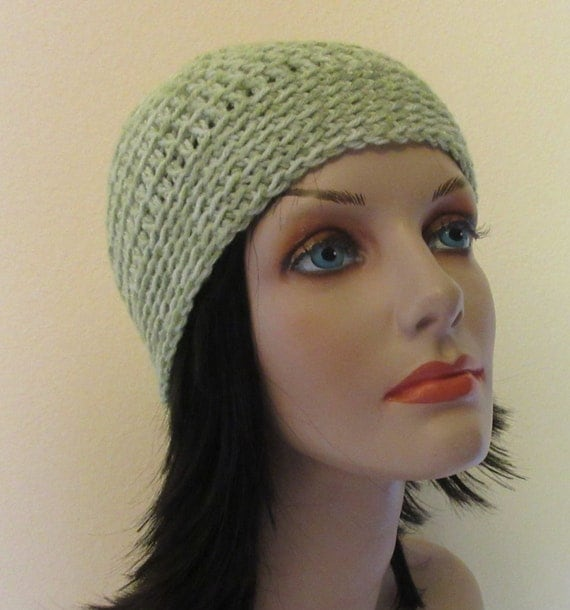 Pale Green Beanie, Women's Winter Hat, Men's Winter Hat, Cold Weather Accessory, Snow Playing, Ice Skating, Green Snow Hat, Hockey Rink Hat