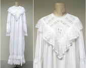 Vintage 1980s Nightgown / 1980s Does 1880s Victorian Style White Cotton Lace Bridal Nightie / Large
