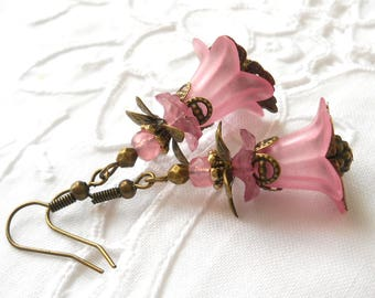 pink lucite flower earrings vintage style flower earrings bronze beadcaps pink lucite earrings pink earrings minouc floral earrings