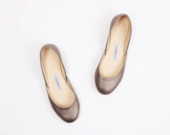 The Metallic Ballet Flats in Bronze Chrome | Ready to Ship