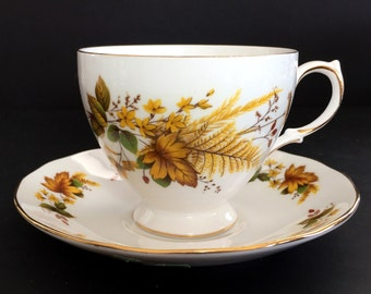 Queen Anne, Tea Cup, Teacup And Saucer, Vintage Bone China, English Tea Sets 13886
