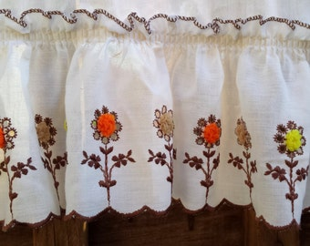 Crewel Embroidered Vintage Floral Cotton Curtain