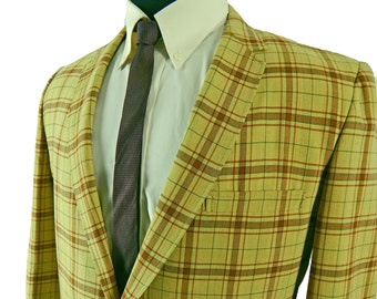 Early 1960s Sport Coat. Yellow Plaid Sack Jacket. Summer Weight Wool. Double Vent. 3/2 Roll. Narrow lapels.  43 44