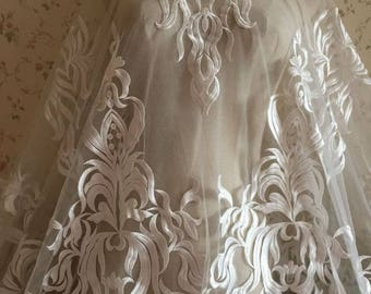 Elegent Lace Fabric Aulic Retro Bridal Lace New Design Lace fabric For Wedding Dress Fashion Dress Good Quality
