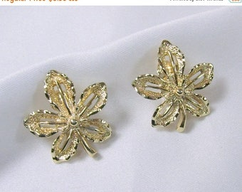 "Spring Special Sale Vintage Sarah Coventry Earrings Clip On Gold Tone ""Ivy"""
